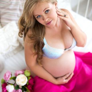 Катя в ожидании малыша