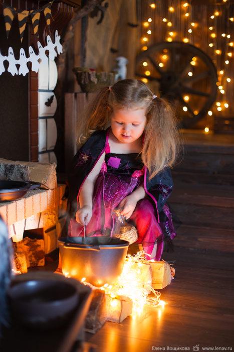 тематическая детская фотосессия a костюмах в студии хэллоуин
