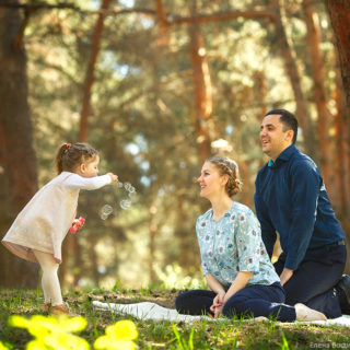 семейная фотопрогулка с фотографом в нижнем новгороде в парке сормовском