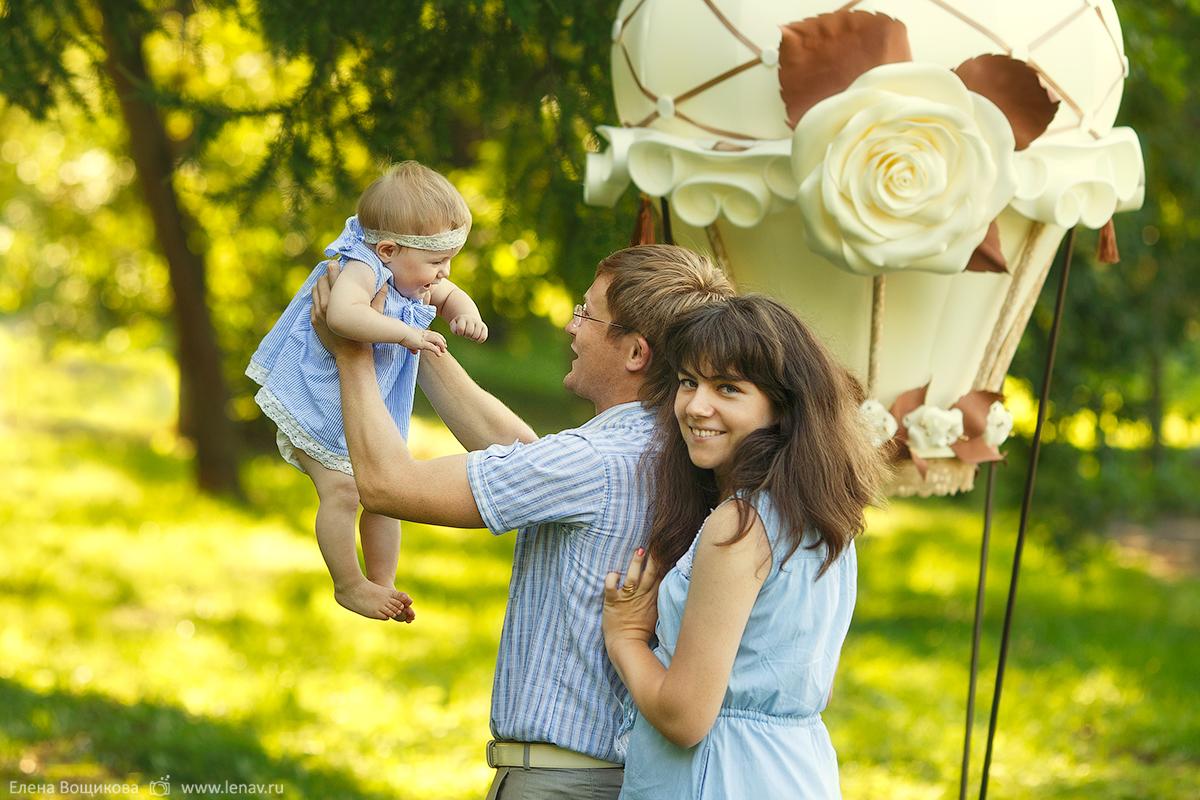 семейная фотосессия на воздушном шаре