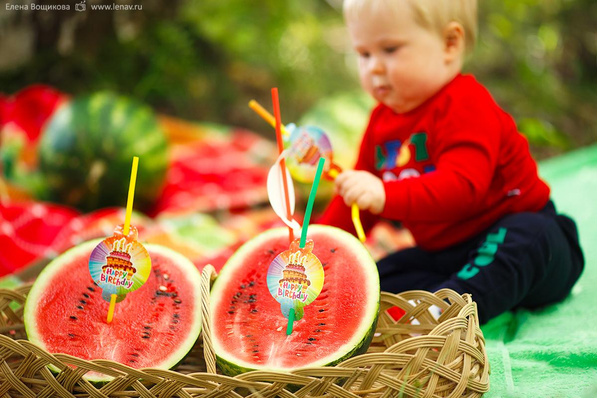 фотосессия на годик ребёнка с декором детский фотограф