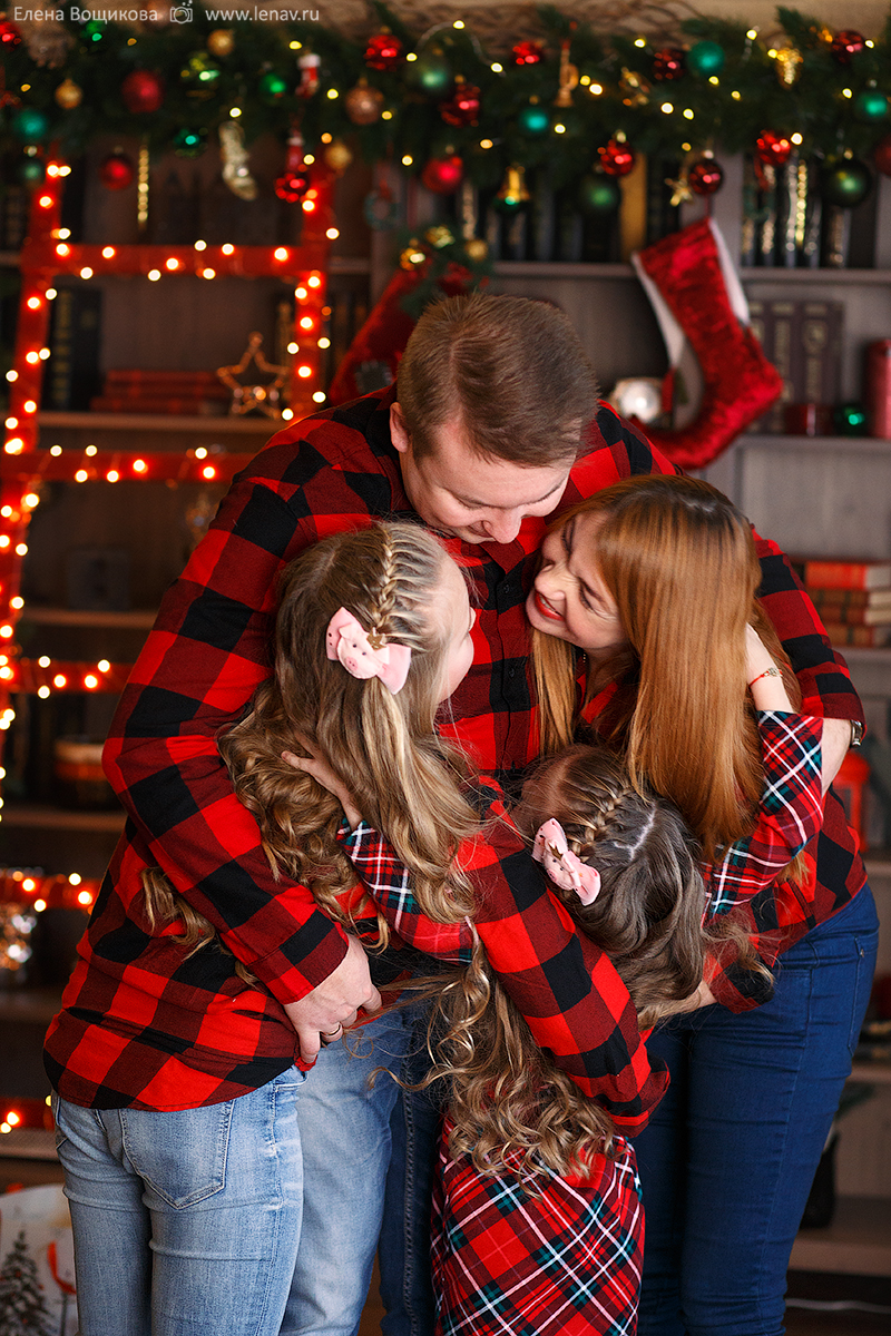 семейная фотосессия новогодняя в фотостудии нижний новгород