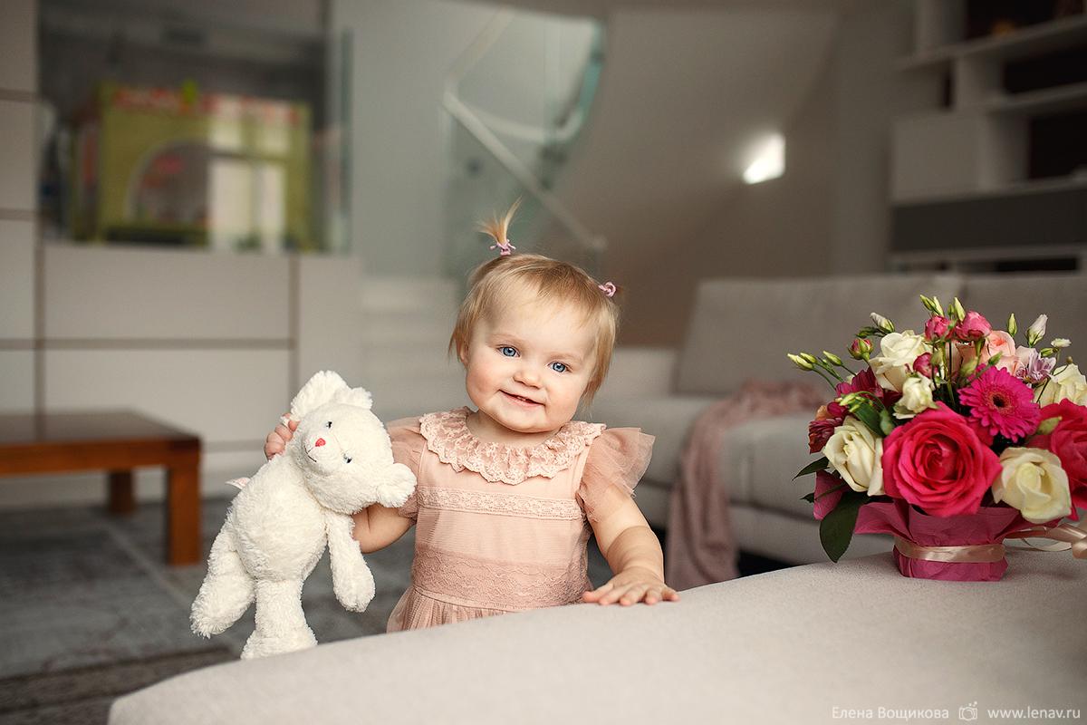 семейная фотосессия на годик дома выезд фотографа на дом нижний новгород