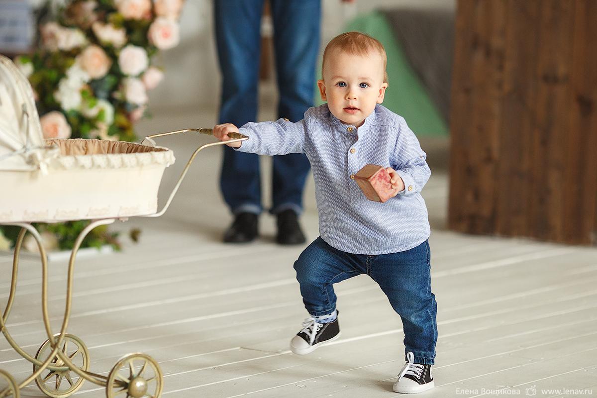 семейная студия фотосъёмка на годик ребёнка