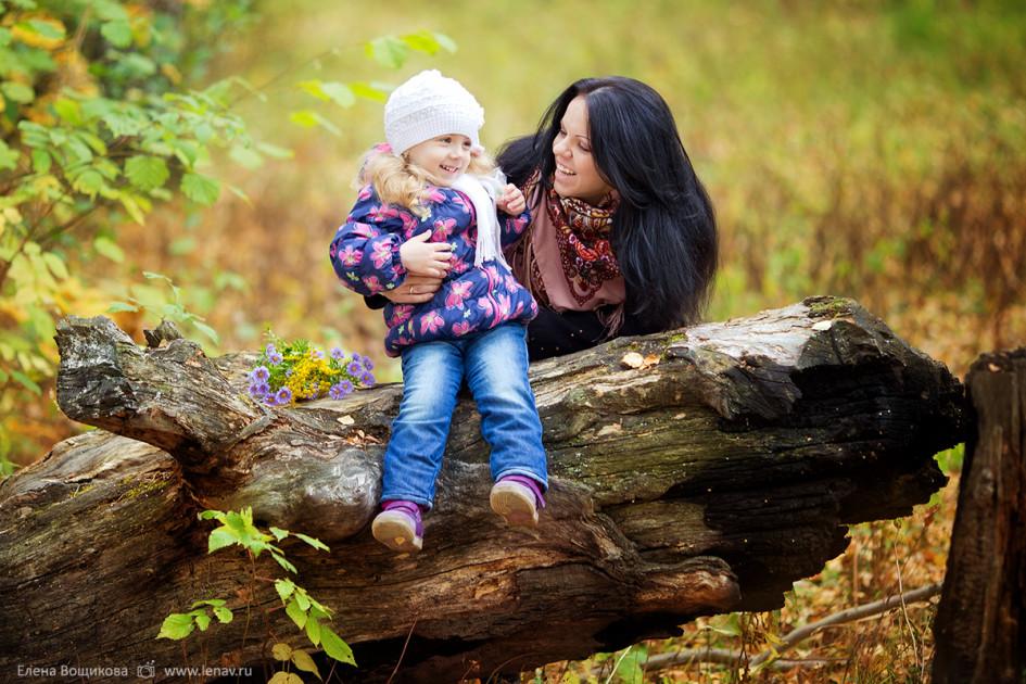 Надя-и-Кристина. Фотосессия в осеннем лесу