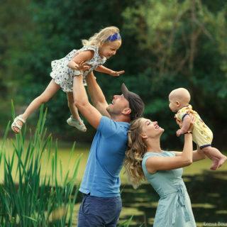 семейная съёмка на природе семейный и десткий фотограф в нижнем новгороде
