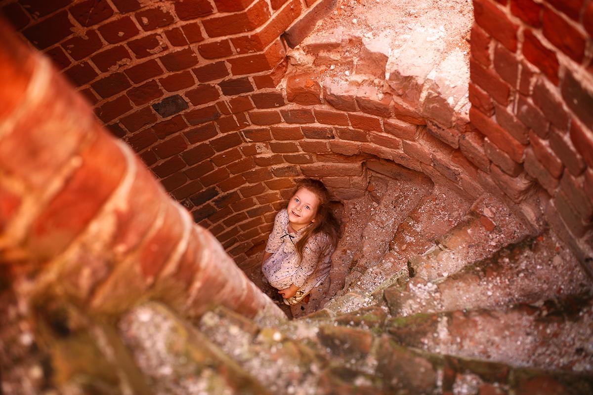 летняя фотосессия на развалинах нижегородская область